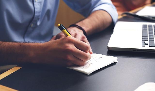 scrivere domanda disoccupazione