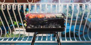 barbecue sul balcone di casa